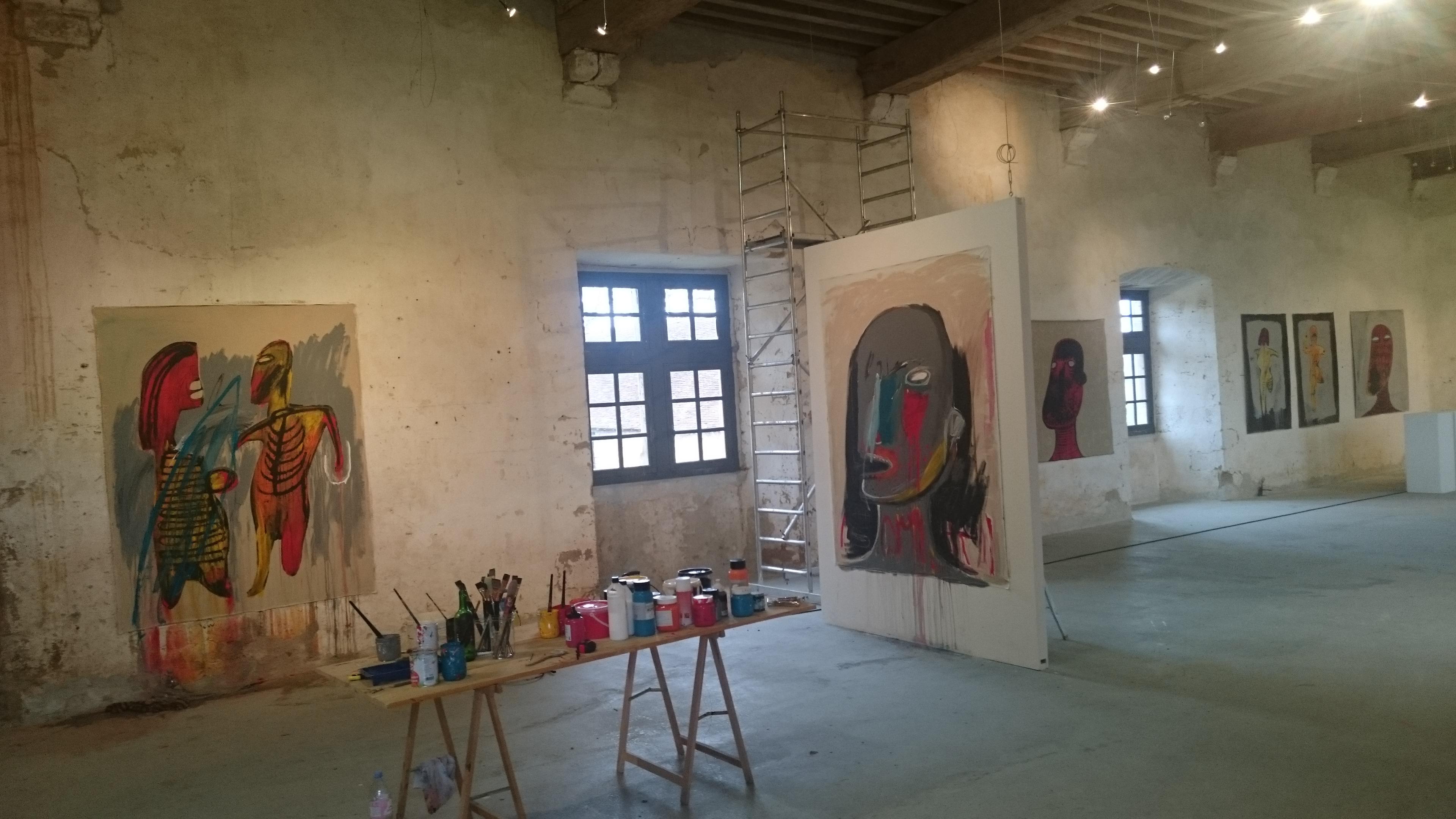 Esmael Bahrani – Exposition Résidence Le Vieux Château Vicq Sur Breuilh – Vue De L'atelier